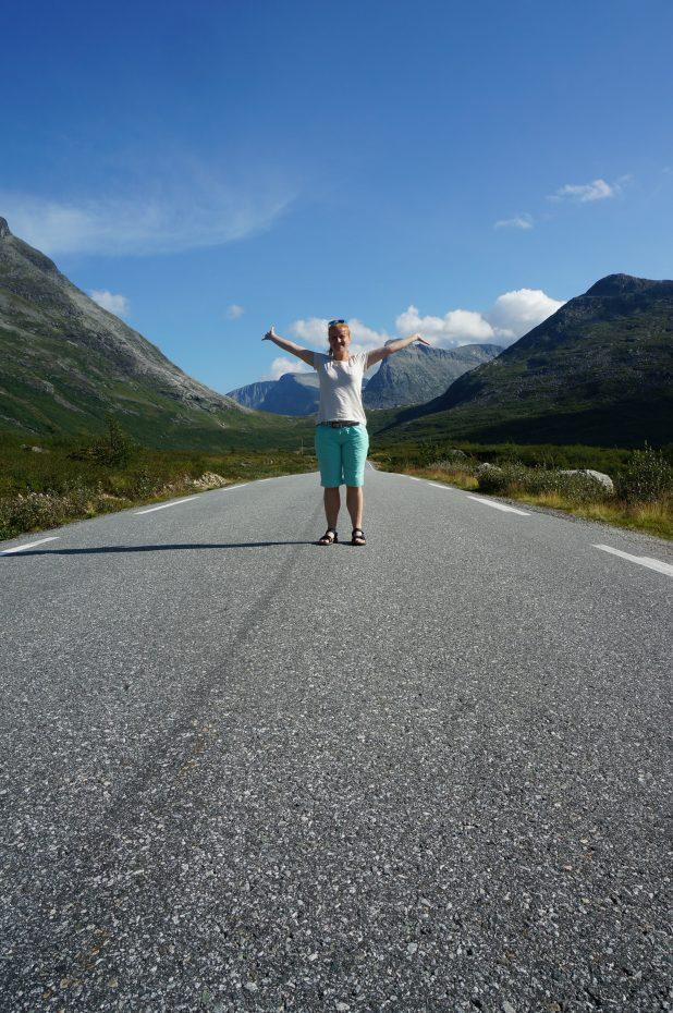 De weg in Noorwegen is heerlijk rustig!