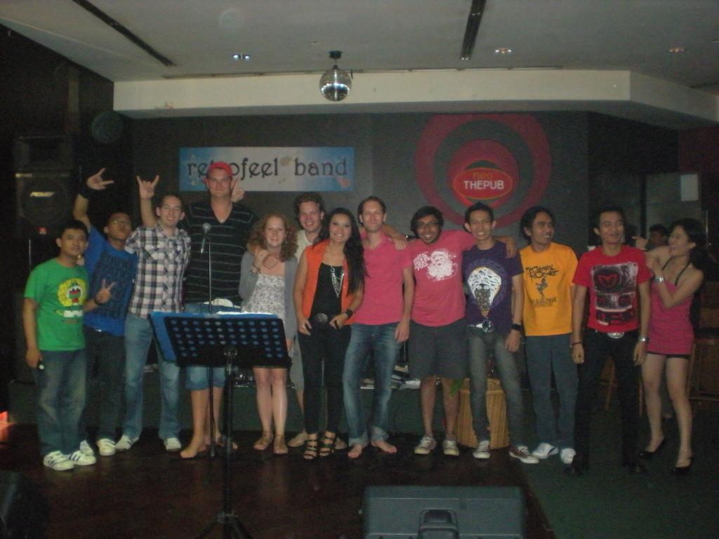 Optreden met de band in Jogjakarta.