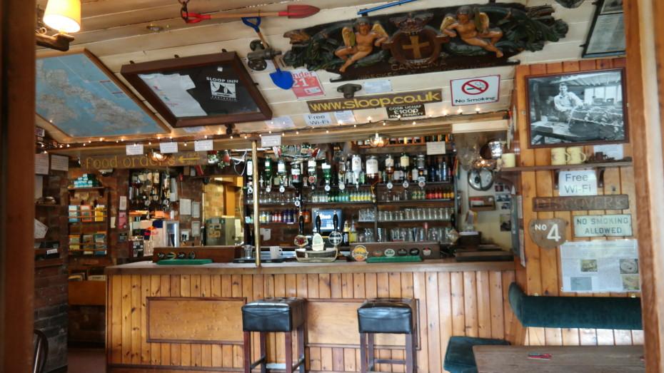 Sloon Inn binnen