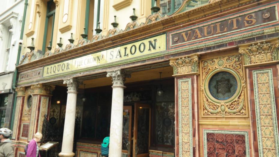 Crown Liquor Saloon, wat mij betreft de mooiste pub die er bestaat.