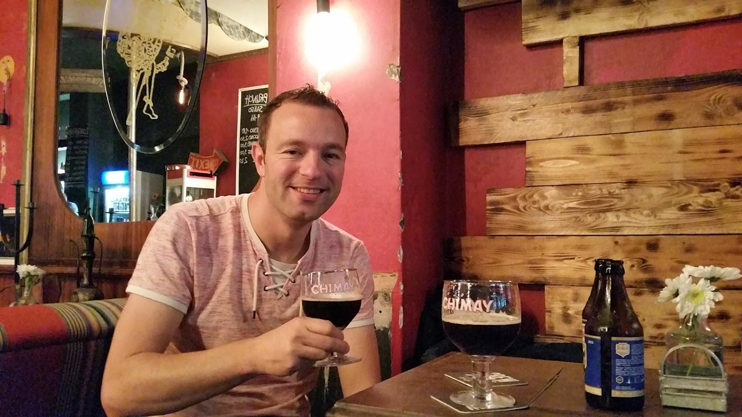 Reporter Martin in café Zum Starken August