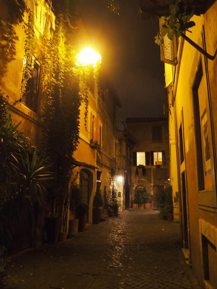 Trastevere by night - Rome