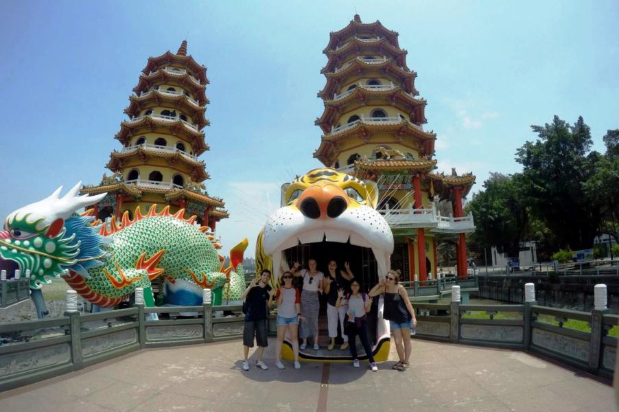 Met zijn allen bij de tempel over het verhaal van een onmogelijke liefde in Kaohsiung