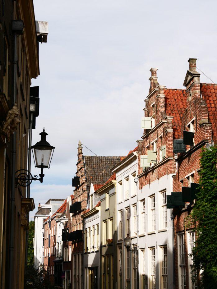 Verschillende mooie gevels te spotten in Deventer!