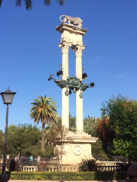 Sevilla monument - Columbus