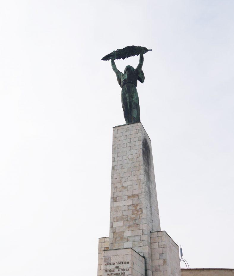 Szabadsag Szobor, het vrijheidsbeeld van Boedapest!