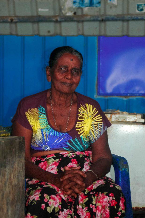 Vriendelijke mensen die Srilankanen!