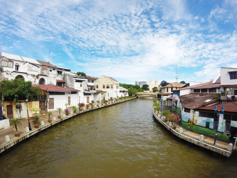 Rivier door de stad Malakka!