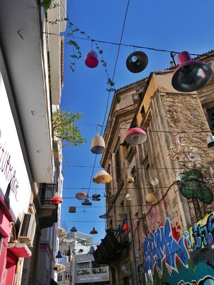 Kleurrijk straatje in Athene