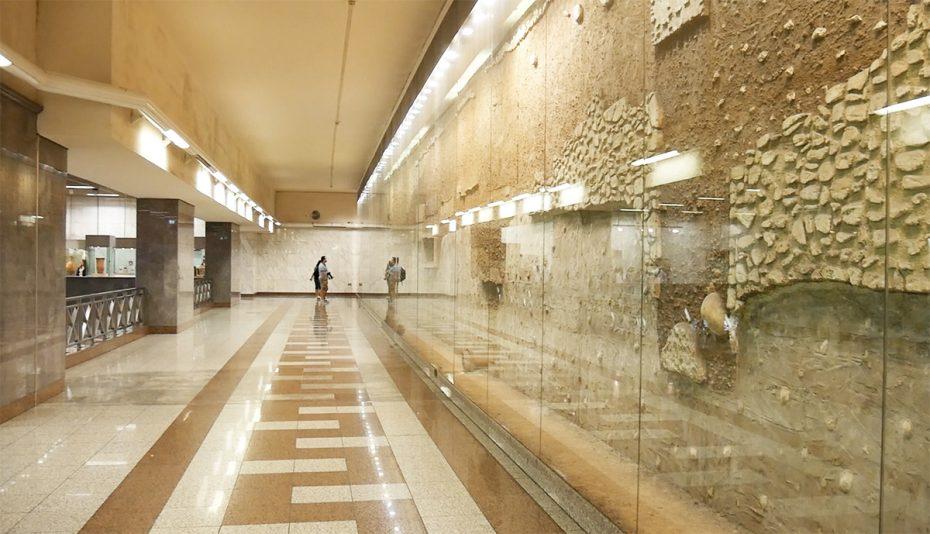 Tentoonstelling oudheden op metrostation Athene!