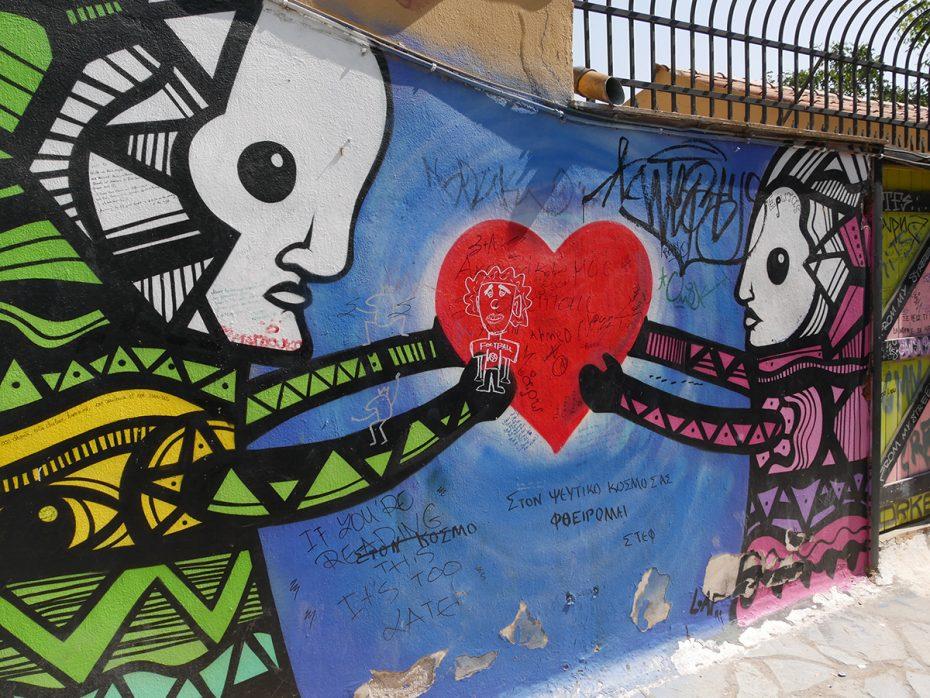 Mooie muurschilderingen in Athene