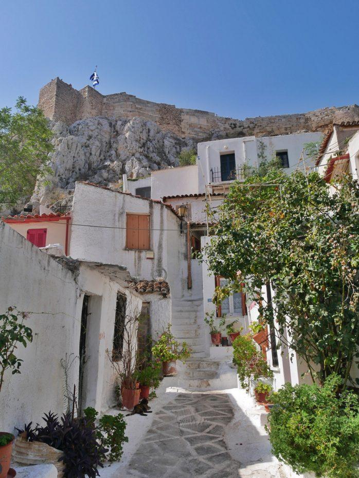 Prachtige, kleurrijke straatjes in de Plaka in Athene!