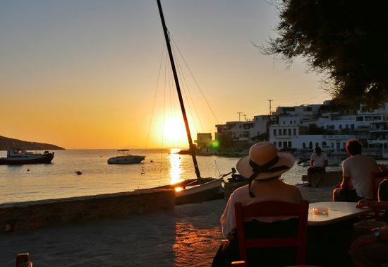 Een fantastische zonsondergang op het Griekse Amorgos
