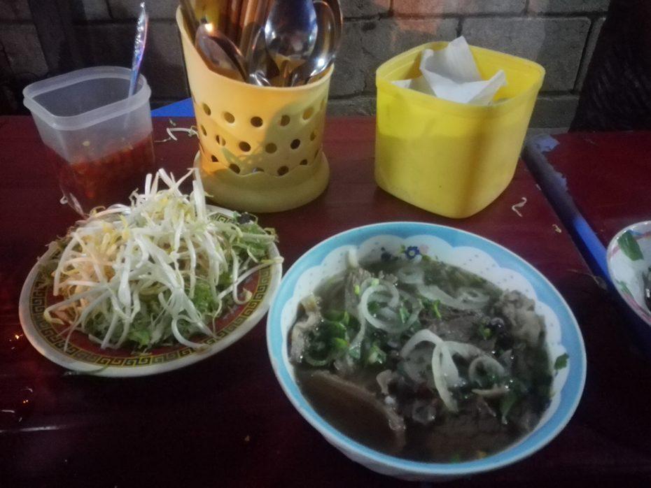 Pho noodle soep