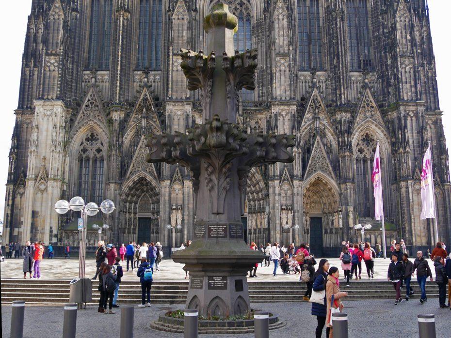 Plein voor de Kölner Dom