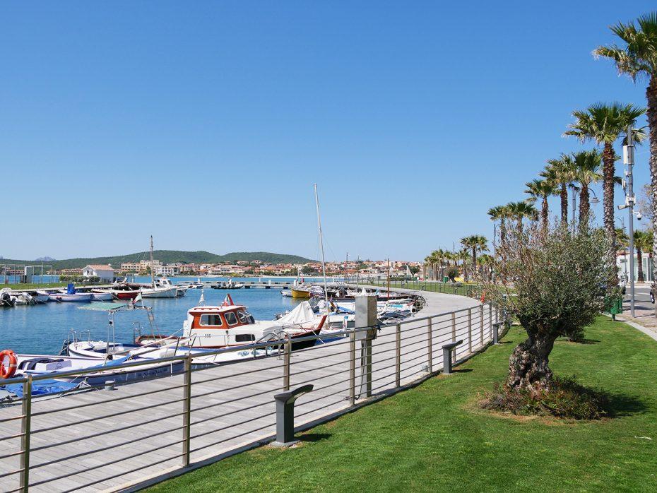 De haven bij Golfo Aranci