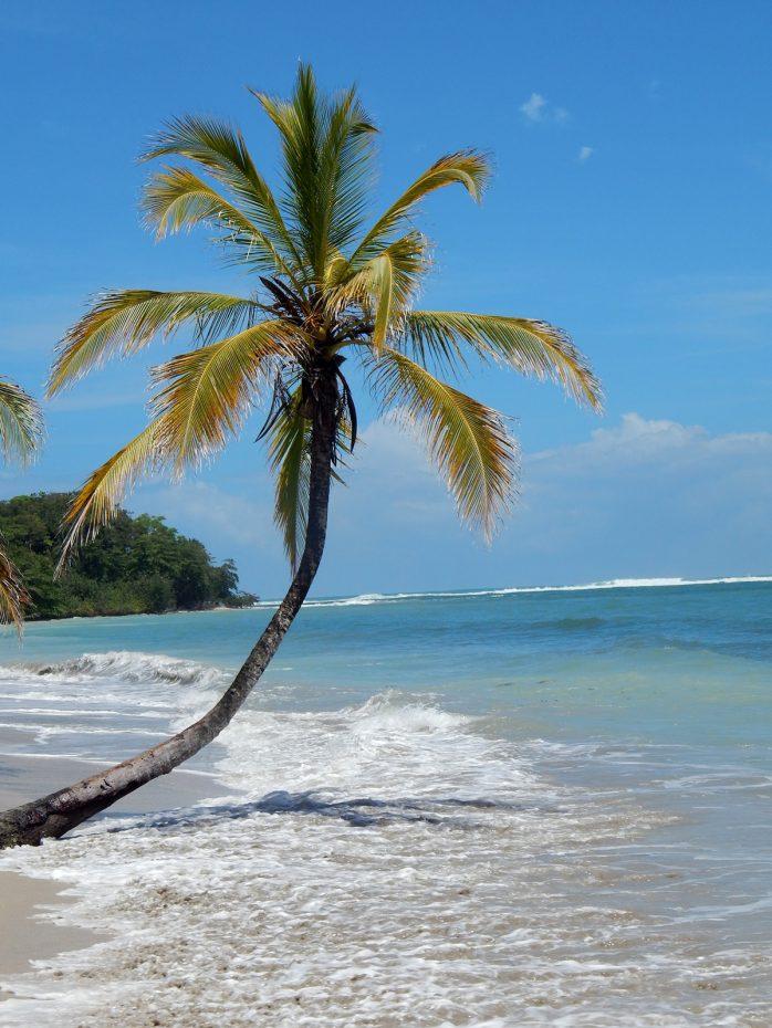 Mooi strand op Costa Rica