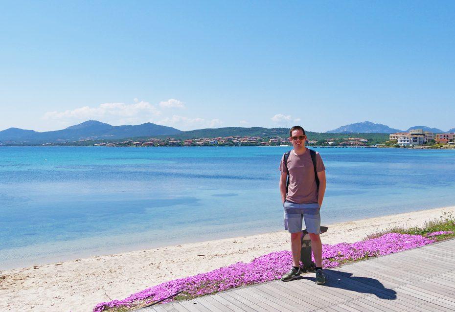 De kust bij Golfo Aranci op Sardinië