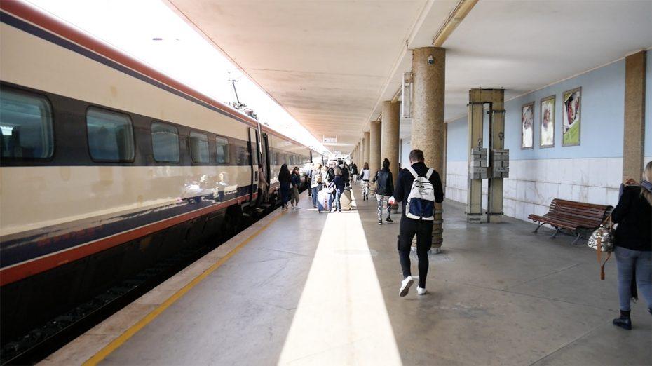Met de trein van Porto naar Lissabon