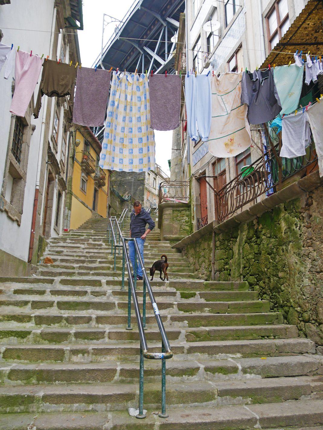 Het is af en toe flink klimmen in Porto!