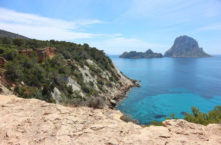 Deze spots mag je niet missen op Ibiza!