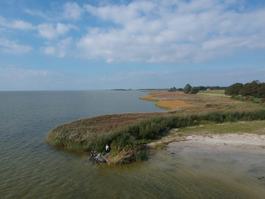 Het Mirnser Klif van het IJsselmeer