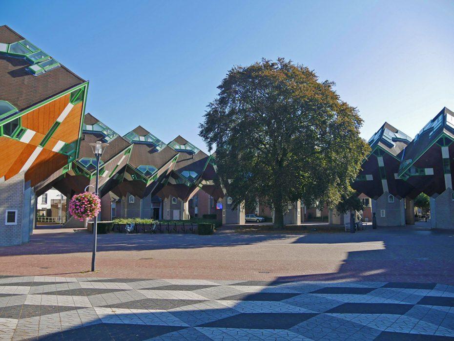 De eerste kubuswoningen van Nederland staan in Helmond