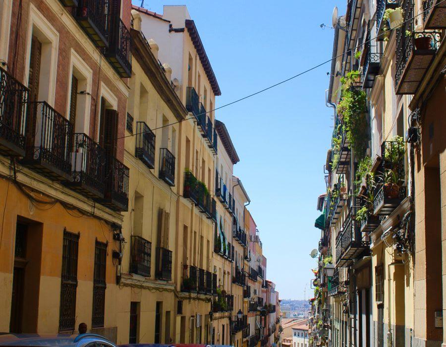 Gezellig straatje in Madrid