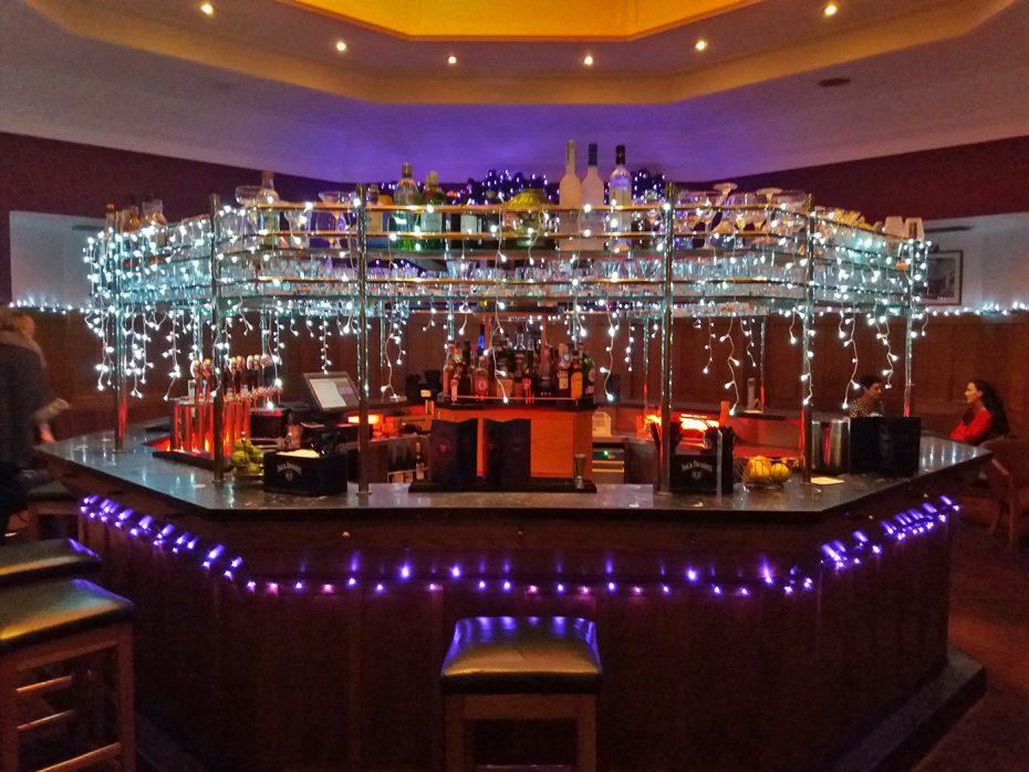 De bar in kerstsferen