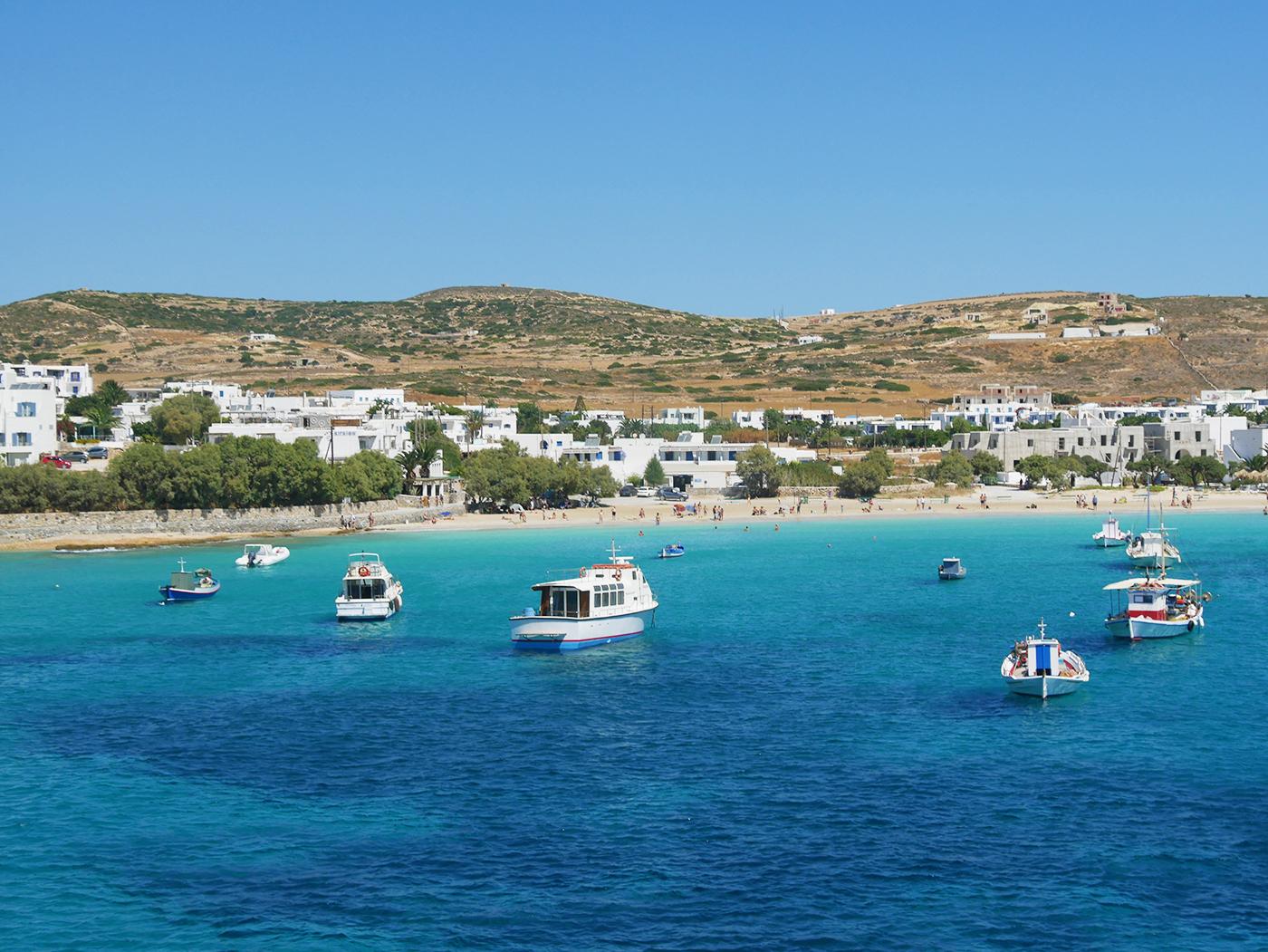 Geniet van azuurblauw water en de mooiste stranden