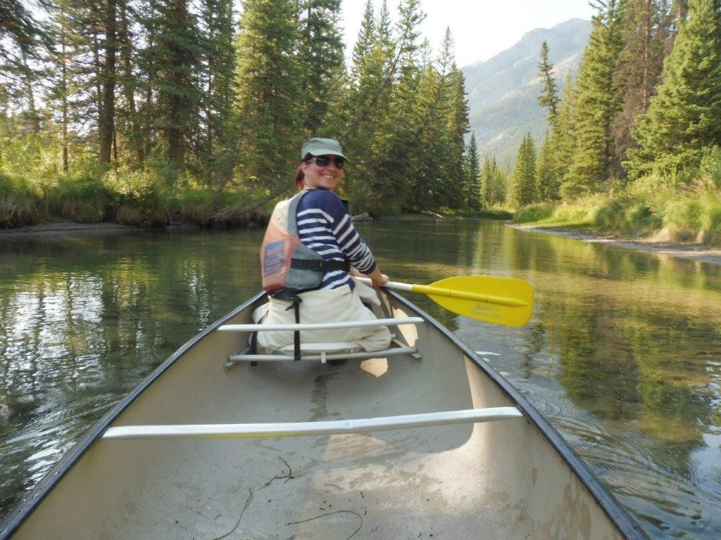 Kanoën bij op de Bow River