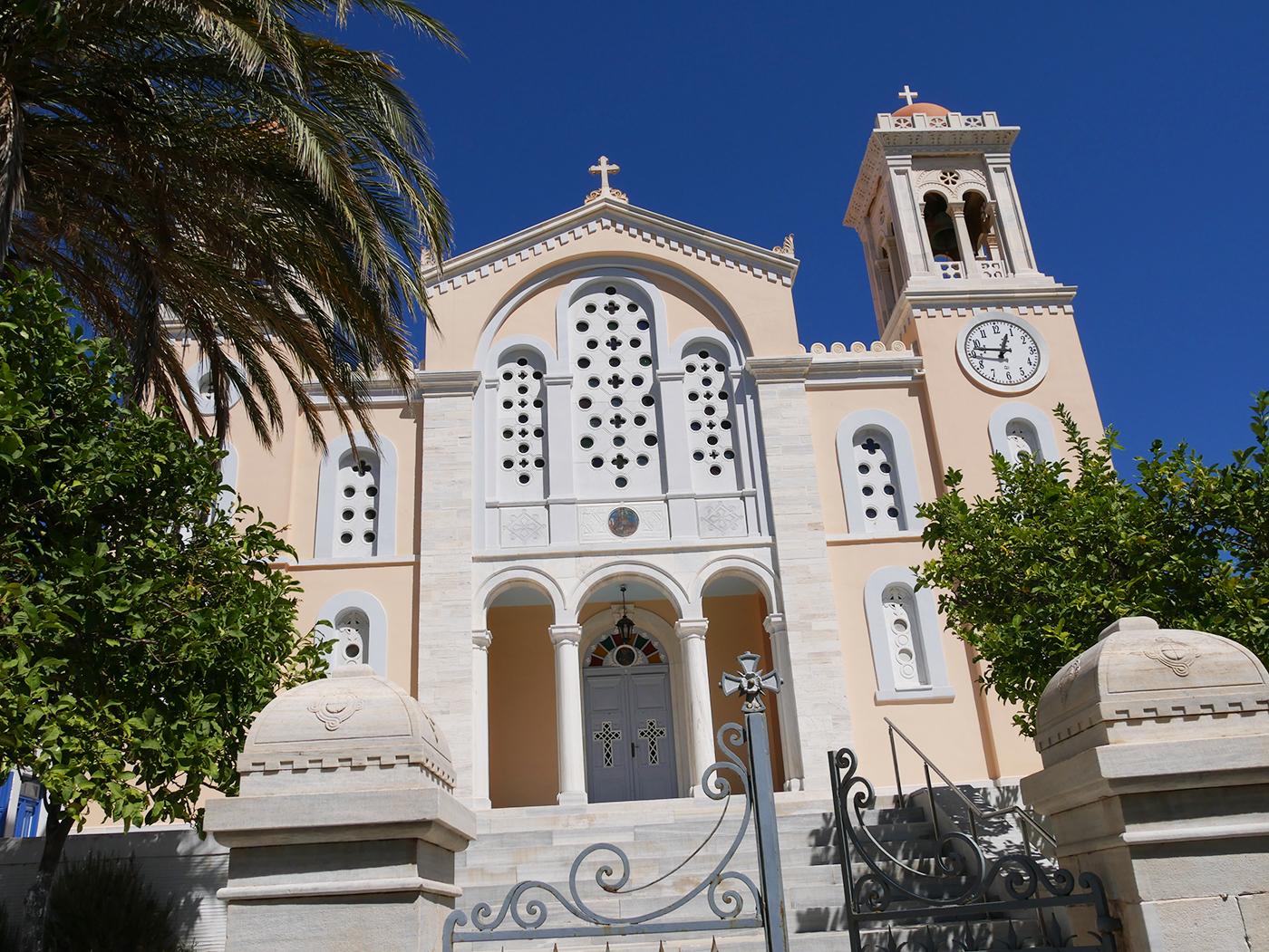 Van kerkjes, kloosters, tot oude tempels, je vindt het allemaal in Griekenland