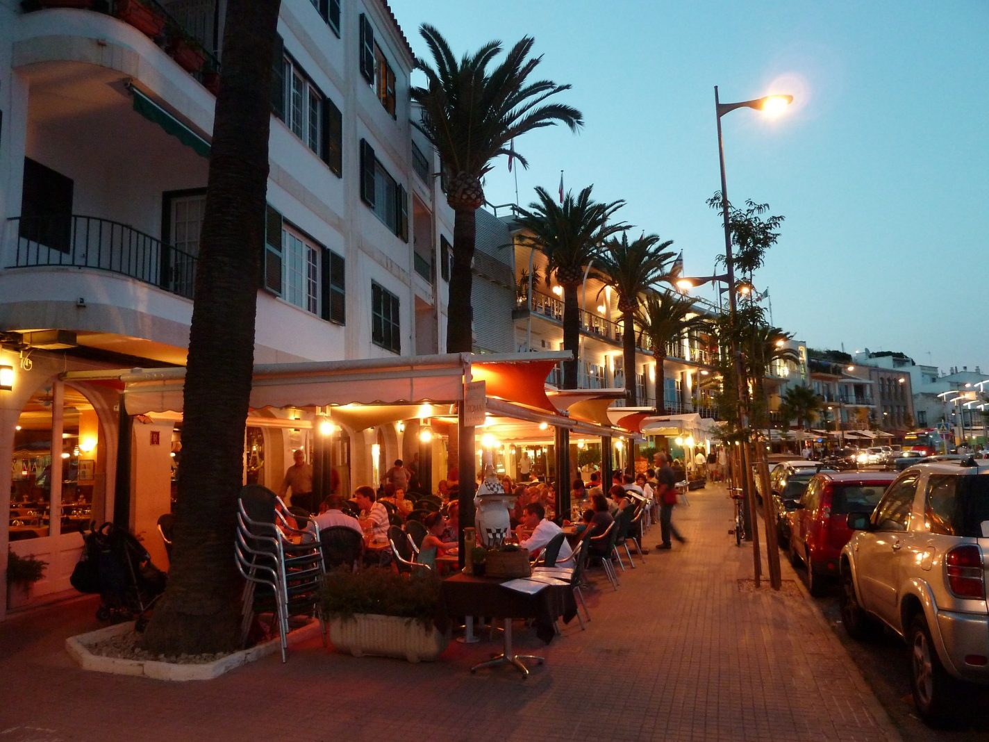 Hoofdstad Mahón, gezellige restaurantjes