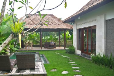 Three Gold Luxury Private Villas - slapen tussen de rijstvelden