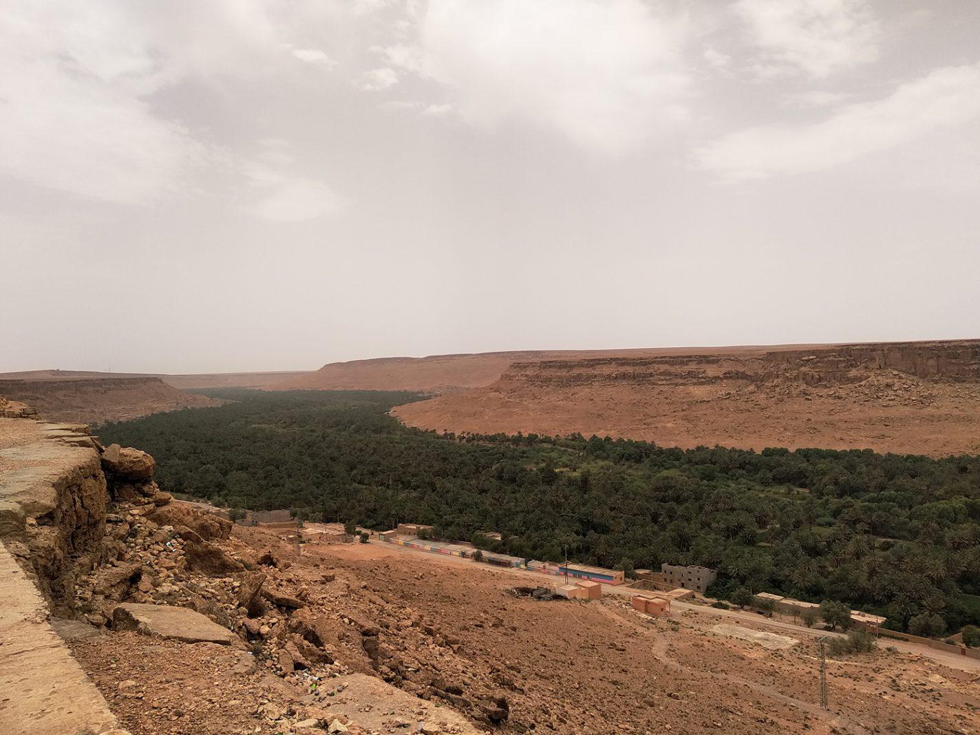 Prachtig uitzichtpunt - Aan de rand van de Sahara
