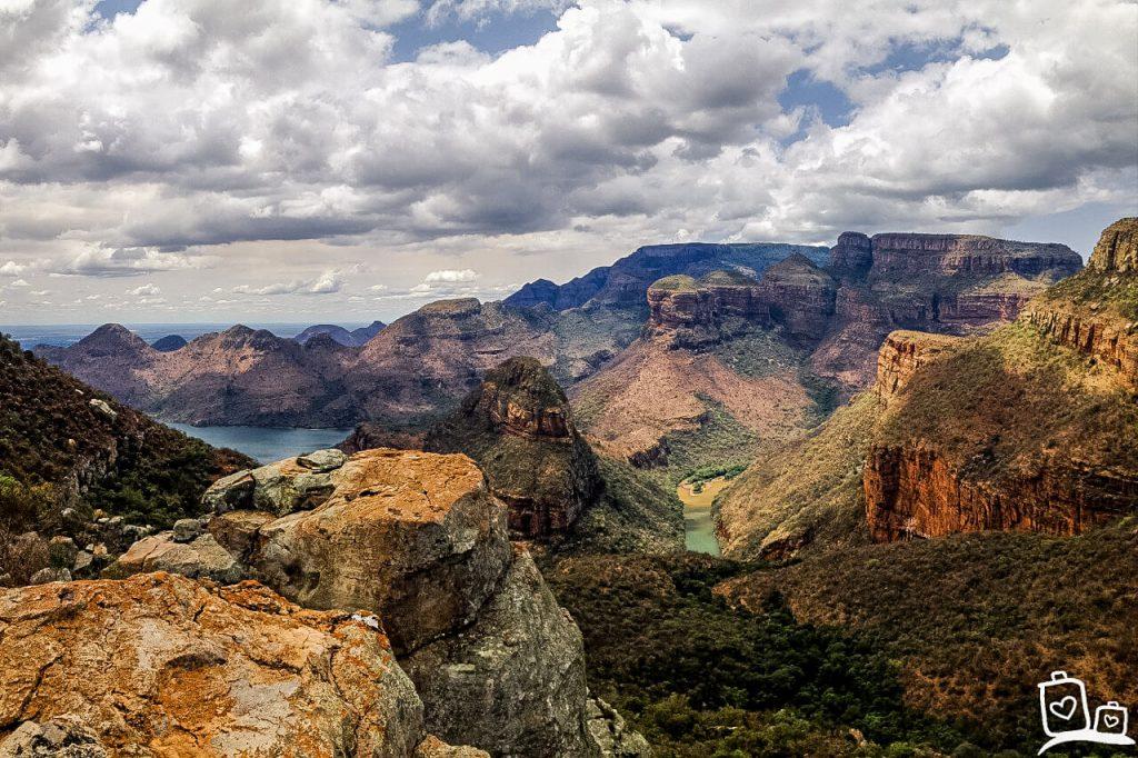 De Drakensbergen, de hoogste bergketen van Zuid-Afrika