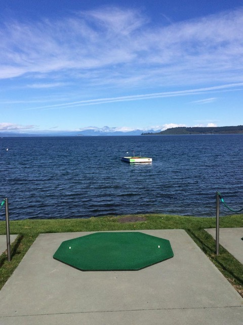 Golfballen opduiken in Lake Taupo