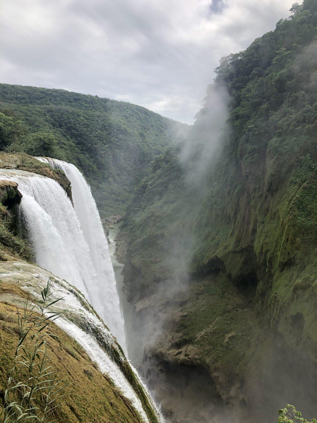 De Tamul waterval