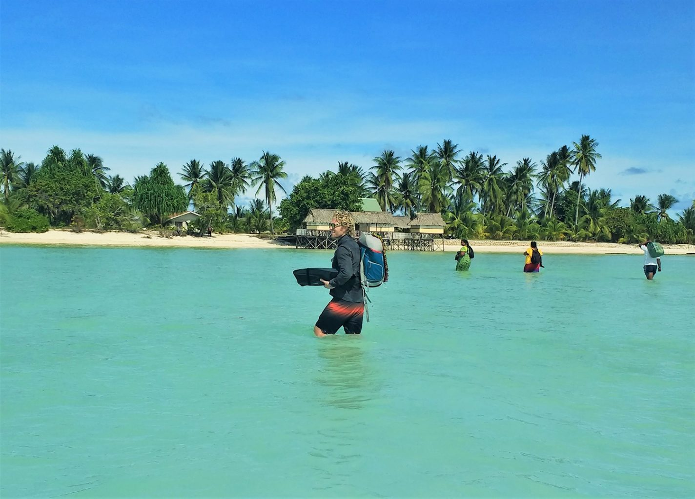 Laatste stukje lopen naar Noord Tarawa