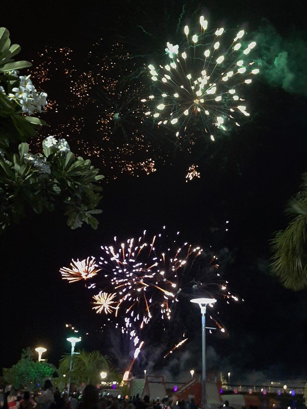 Vuurwerk bij Waterfront in Darwin - Leven in Australië