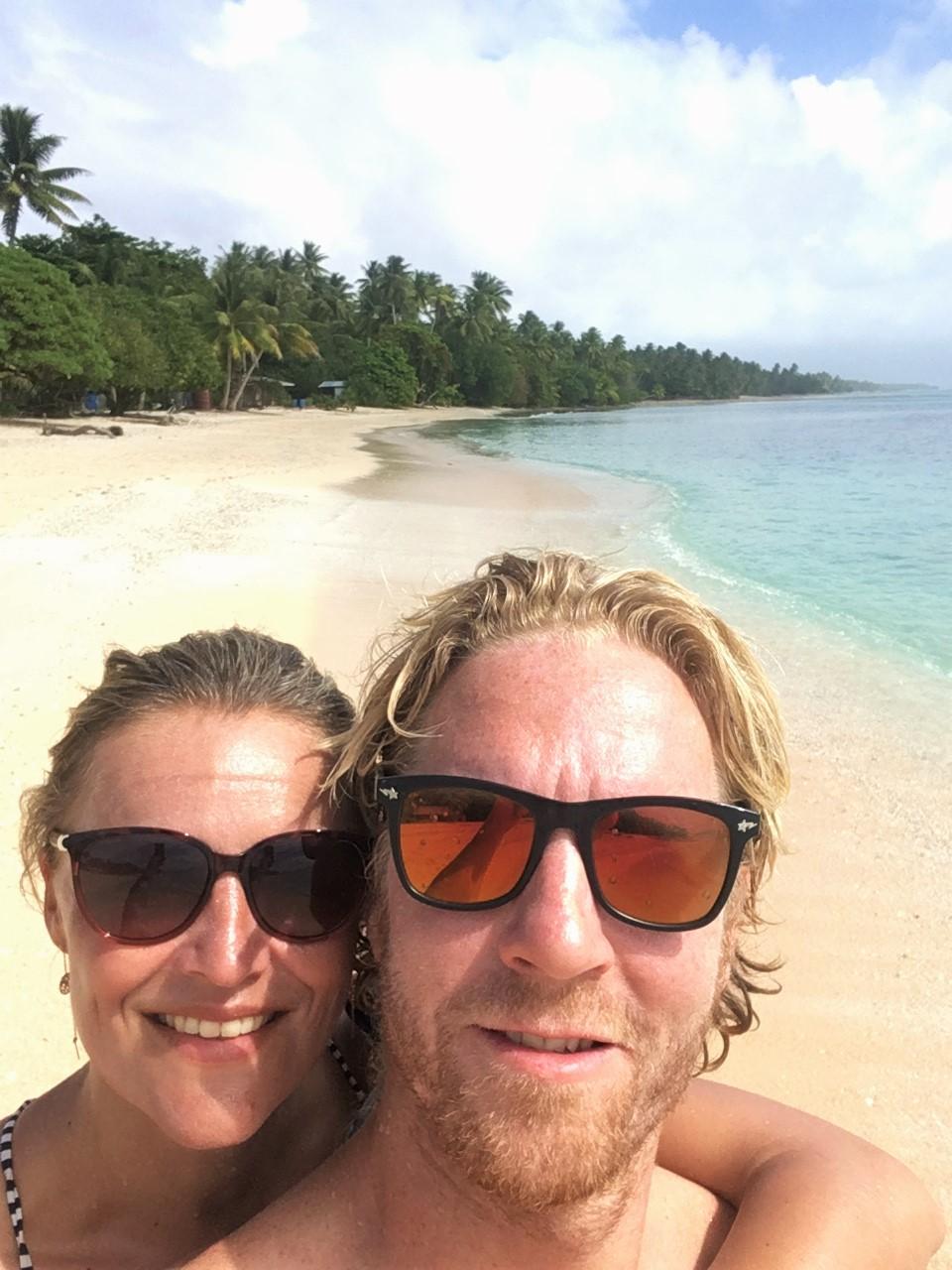 Wendy & Timothy tijdens hun reis door Micronesië