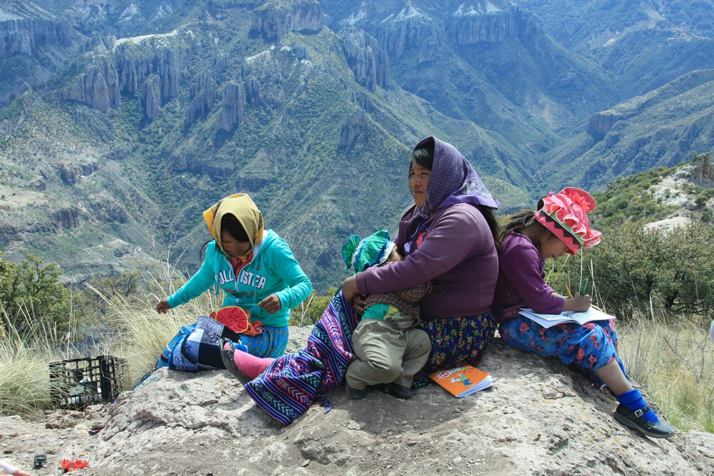 Tarahumara in de Copper Canyon in Mexico