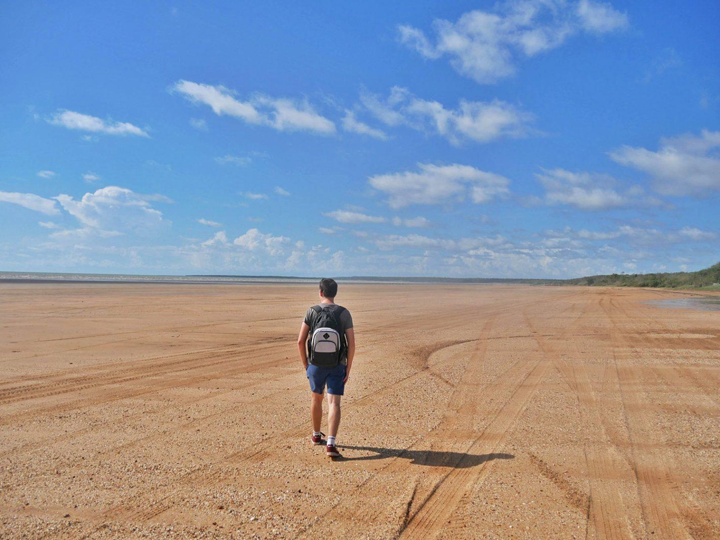 Langgerekte stranden bij Gunn Point