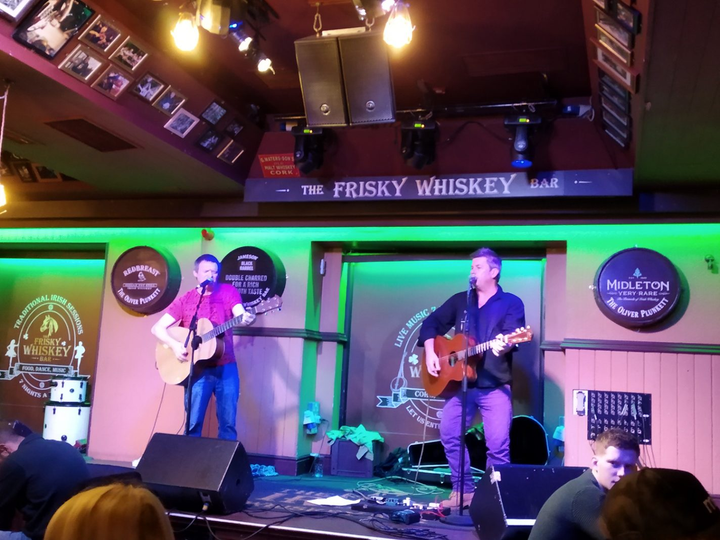 Livemuziek in The Frisky Whiskey Bar - stedentrip Cork
