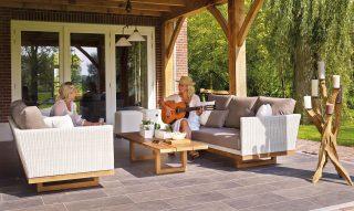 Maak het gezellig thuis: creëer je eigen vakantie paradijsje!