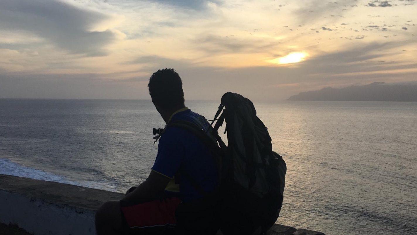 Genieten van een spectaculaire zonsondergang