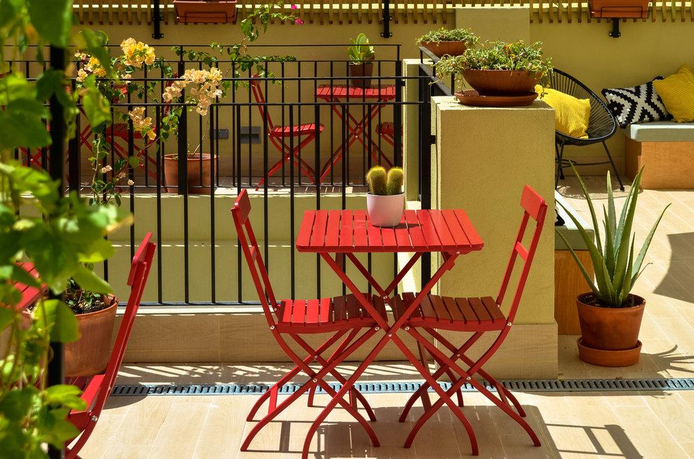 Gezellig terras waar je kunt ontbijten - ZALAMERA Bed&Breakfast
