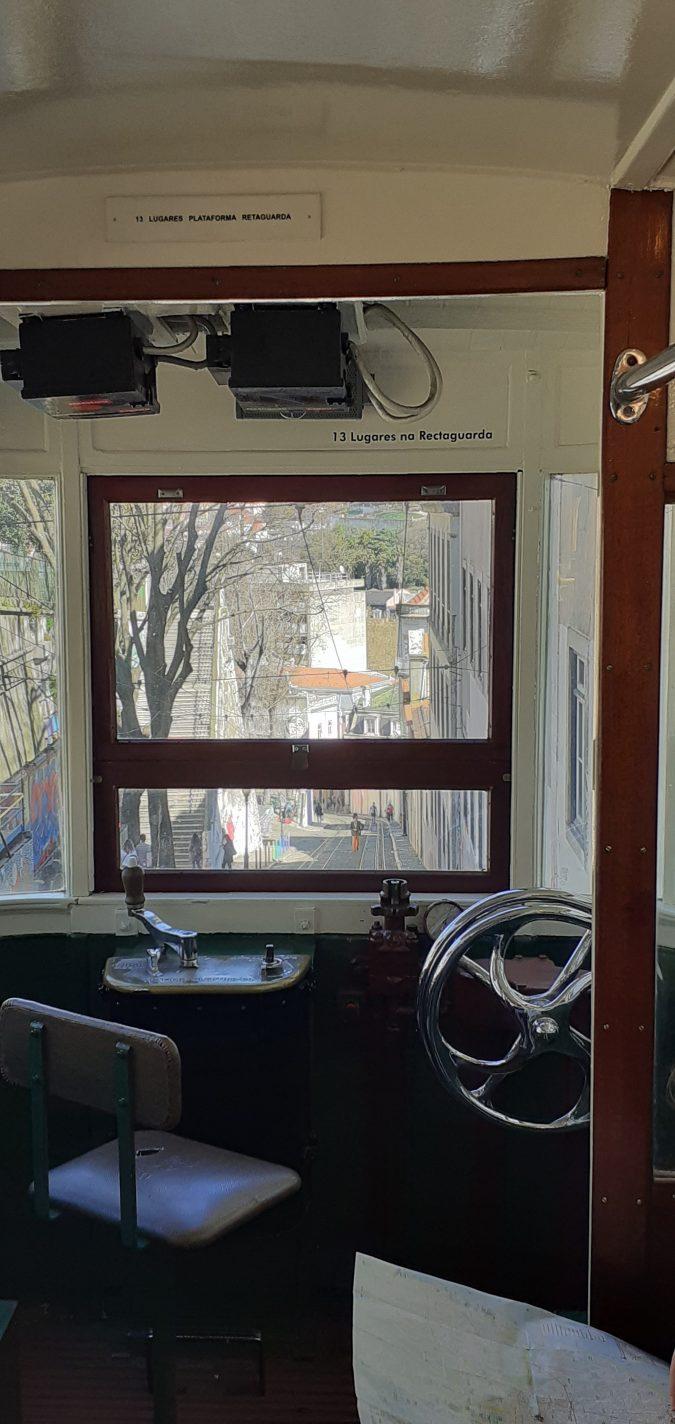 Een kijkje in de machinistcabine - handige tips Lissabon