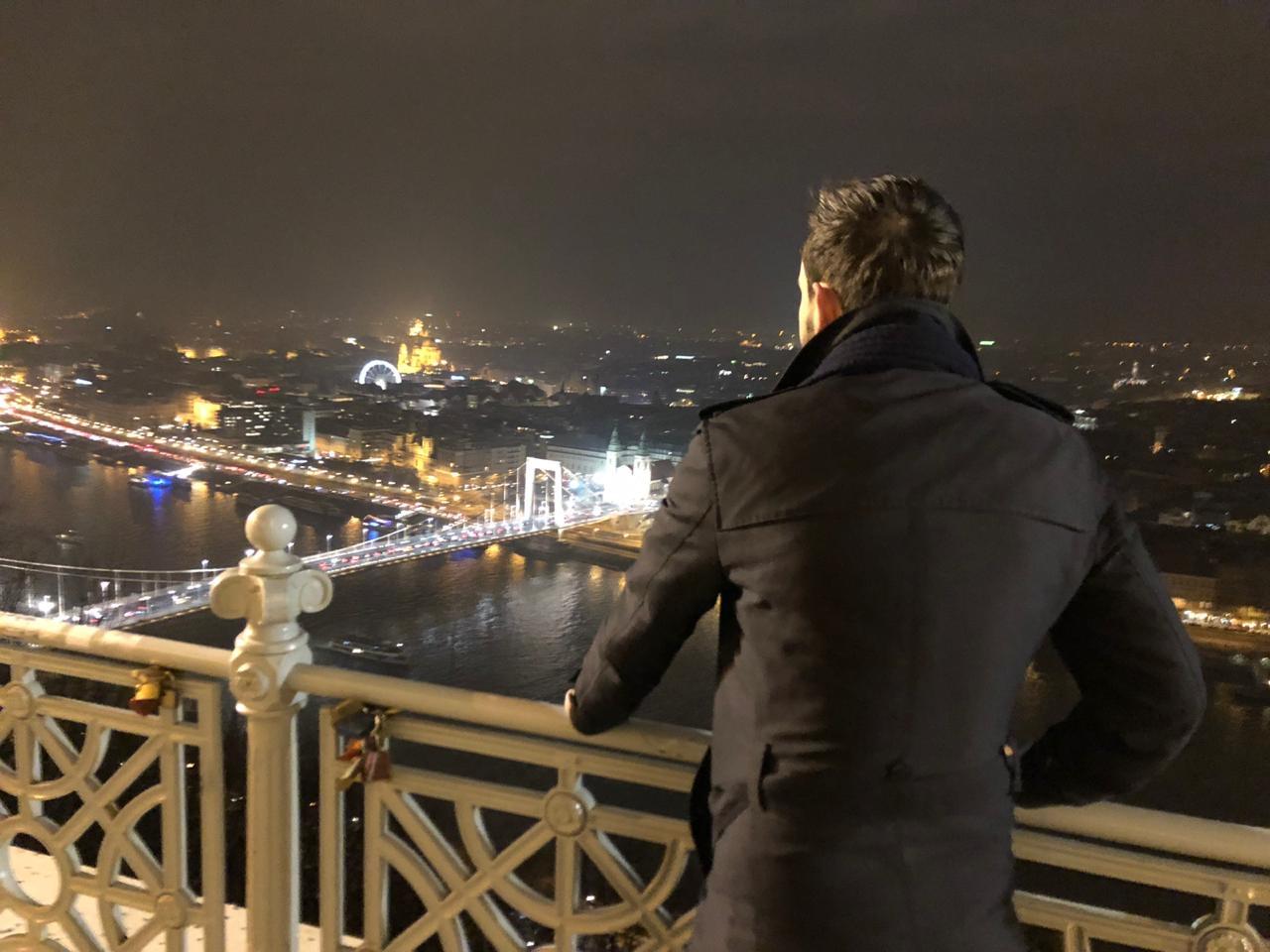Nikki in de stad Budapest - Mooiste Europese stad