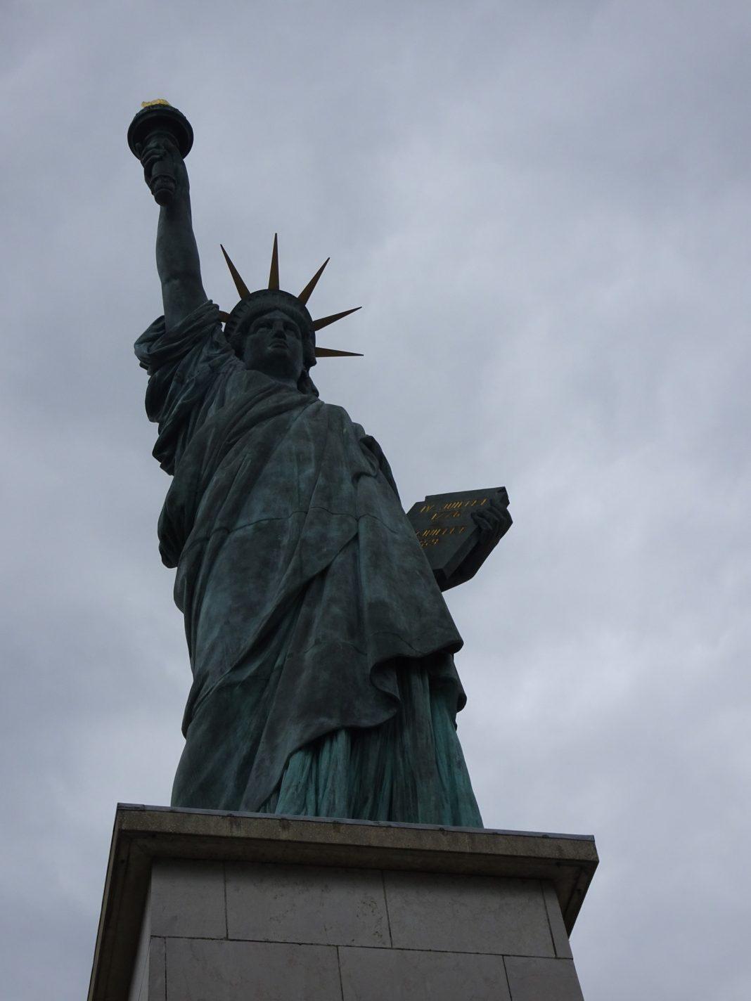Replica van het Vrijheidsbeeld op île des Cygnes